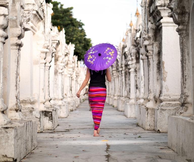 Girl-in-Mynamar-with-parasol